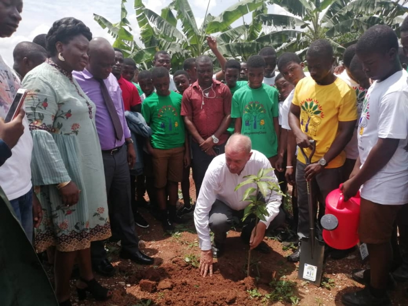 EU plants trees in Ghana to mark Climate Diplomacy Week